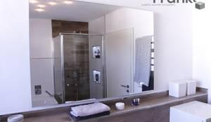 Badezimmer Mit Fliesen In Einer Holzoptik