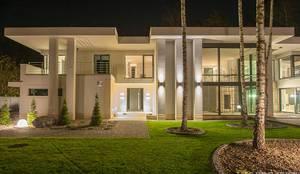 LK&1048: moderne Häuser von LK&Projekt GmbH