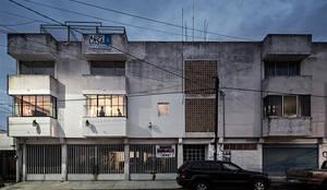 MX Taller de Arquitectura & Diseño의  주택