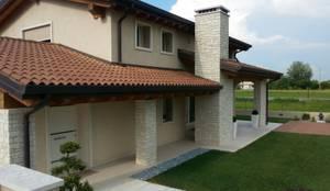 Casas clássicas por Architetti Baggio