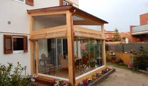 Casas modernas por Lignea Construcció Sostenible