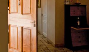 Entrée: Couloir, Entrée & Escaliers de style de style Rustique par Pierre Bernard Création