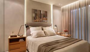 Camera da letto in stile in stile Moderno di Gisele Taranto Arquitetura