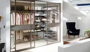 classic Dressing room by Elfa Deutschland GmbH