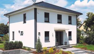 Haus Berlin: moderne Häuser von RostoW Bau
