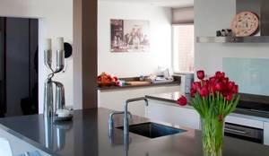 Moderne villa von archstudio architecten villas en interieur homify
