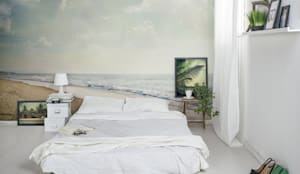 Sea Side: modern Bedroom by Pixers