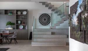 درجات وأروقة تنفيذ Gisele Taranto Arquitetura