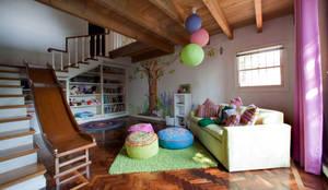 بچے کا کمرہ  by Erika Winters Design
