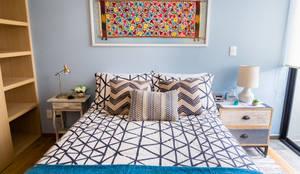 Erika Winters® Design: eklektik tarz tarz Yatak Odası