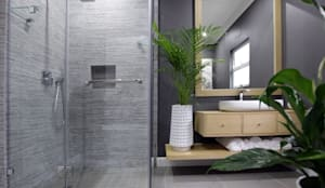 Bathroom 2:  Bathroom by JSD Interiors
