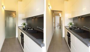 piccoli escamotage in 70 mq: Cucina in stile in stile Minimalista di studio ferlazzo natoli