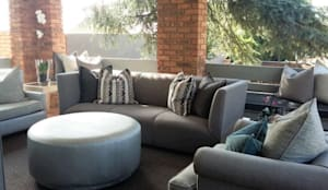 Grey House:  Patios by CKW Lifestyle