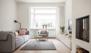 Salon de style de style Scandinave par Bob Romijnders Architectuur & Interieur