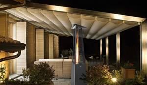 Falo Evo Luxus Terrassenheizstrahler in grau:  Terrasse von RF Design GmbH,
