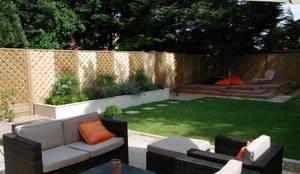 Low-maintenance garden: modern Garden by Christine Wilkie Garden Design