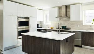 Carroll Street: modern Kitchen by M Monroe Design