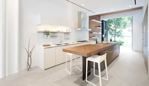 Cooking, Drinking and Chilling:  Kitchen by Sensearchitects Limited