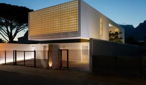 Nhà theo Three14 Architects, Tối giản