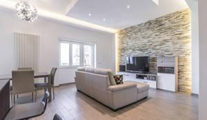 Salas de estar minimalistas por Facile Ristrutturare
