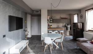 interno 2L: Soggiorno in stile in stile Moderno di km 429 architettura