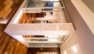 音楽スタジオ: QUALIAが手掛けた和室です。