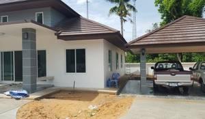 Rumah by สถาปนิกสร้างสรรค์