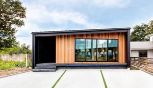 Projekty, nowoczesne Domy zaprojektowane przez STaD(株式会社鈴木貴博建築設計事務所)