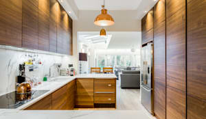 Cozinhas modernas por Orchestrate Design and Build Ltd.