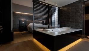 Slaapkamer badkamer: moderne Slaapkamer door Alewaters & Zonen