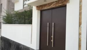 Casas de estilo moderno por Cahtal Arquitectos