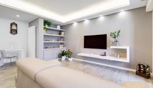 Livings de estilo moderno por EF_Archidesign