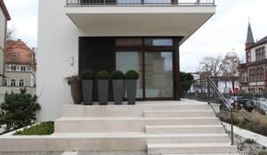 modern Houses by innen_architekten BALS + WIRTH