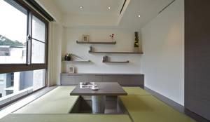Projekty,  Salon zaprojektowane przez 觀林設計