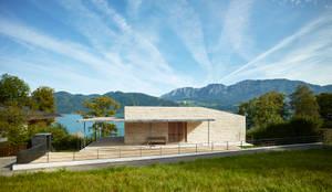 Blick auf Eingang: moderne Häuser von Backraum Architektur