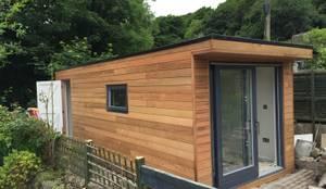 minimalistische Garage & Schuppen von Building With Frames