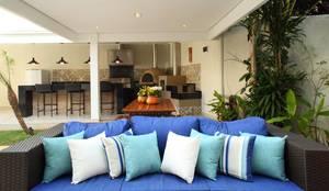 Área Gourmet Residência Alphaville Residencial 4: Garagens e edículas rústicas por Studio 262 - arquitetura interiores paisagismo