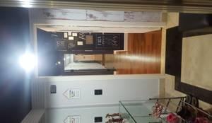 Apartamento Dream View: Corredores, halls e escadas modernos por Bel e Tef Atelier da Reforma