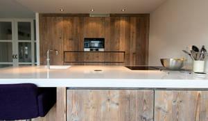 Keuken Nieuw Vennep: moderne Keuken door RestyleXL