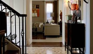 玄關過場空間:  走廊 & 玄關 by 漢品室內設計