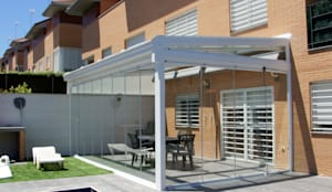 Terrazza in stile  di Fraimar Aluminios S.L.