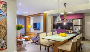 Livings de estilo moderno por Casa 27 Arquitetura e Interiores