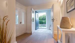 Tangga, Lorong & Koridor by Home Staging Sylt GmbH
