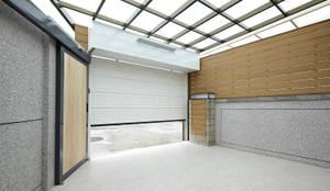 映荷空間設計が手掛けたガレージ