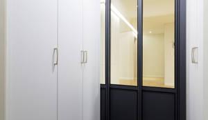 대림 아파트 : 한디자인 / HAN DESIGN의  창문 & 문