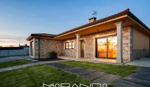 Projekty,  Domy zaprojektowane przez MORANDO INMOBILIARIA