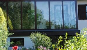 balkon berdachung aus aluminium glas von fenster schmidinger homify. Black Bedroom Furniture Sets. Home Design Ideas