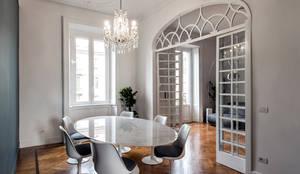 CLASSIC MATTERS: Sala da pranzo in stile in stile Classico di Tommaso Giunchi Architect