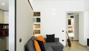 angolo sofà: Soggiorno in stile in stile Moderno di M2Bstudio