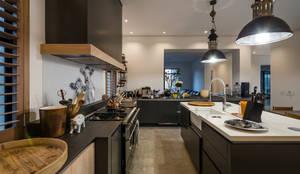 Cuisine de style de style Moderne par Karel Keuler Architects